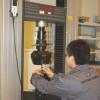 拉伸实验 – 机器型号 CMT5205,生产厂家 MTS (美国),能力 200 KN, 负载范围0.4%-100%。